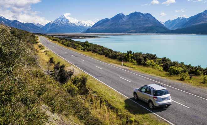 Kiwipal élabore des itinéraires qui peuvent être suivis en voiture ou en camping-car sur les deux îles du pays. Chaque itinéraire a été étudié pour ne pas inclure un trop grand nombre d'heures de route.