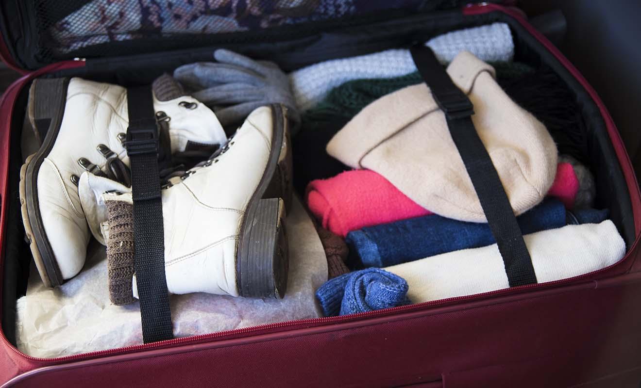 Une des difficultés lorsque l'on voyage en hiver, c'est arriver à préparer sa valise, car les affaires d'hiver prennent plus de place à ranger.