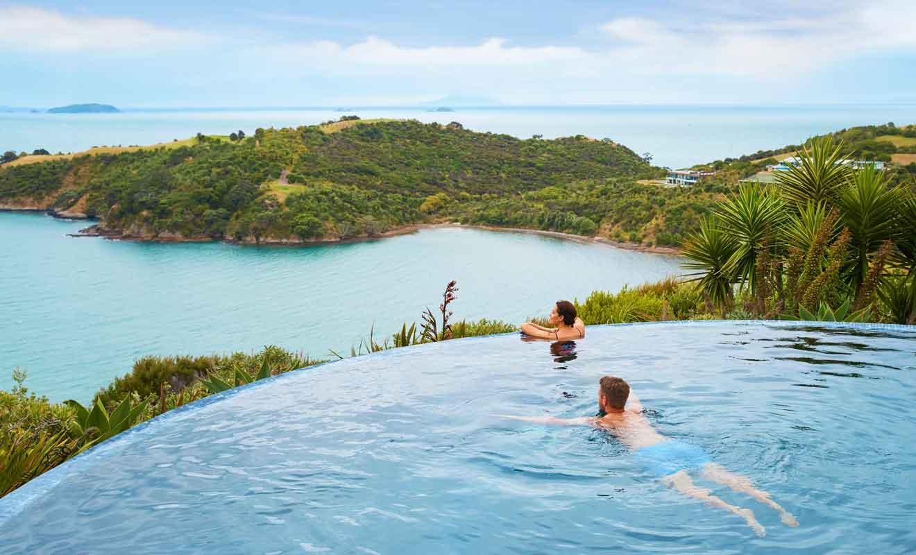 Avec son climat ensoleillé, l'île attire des visiteurs toute l'année.