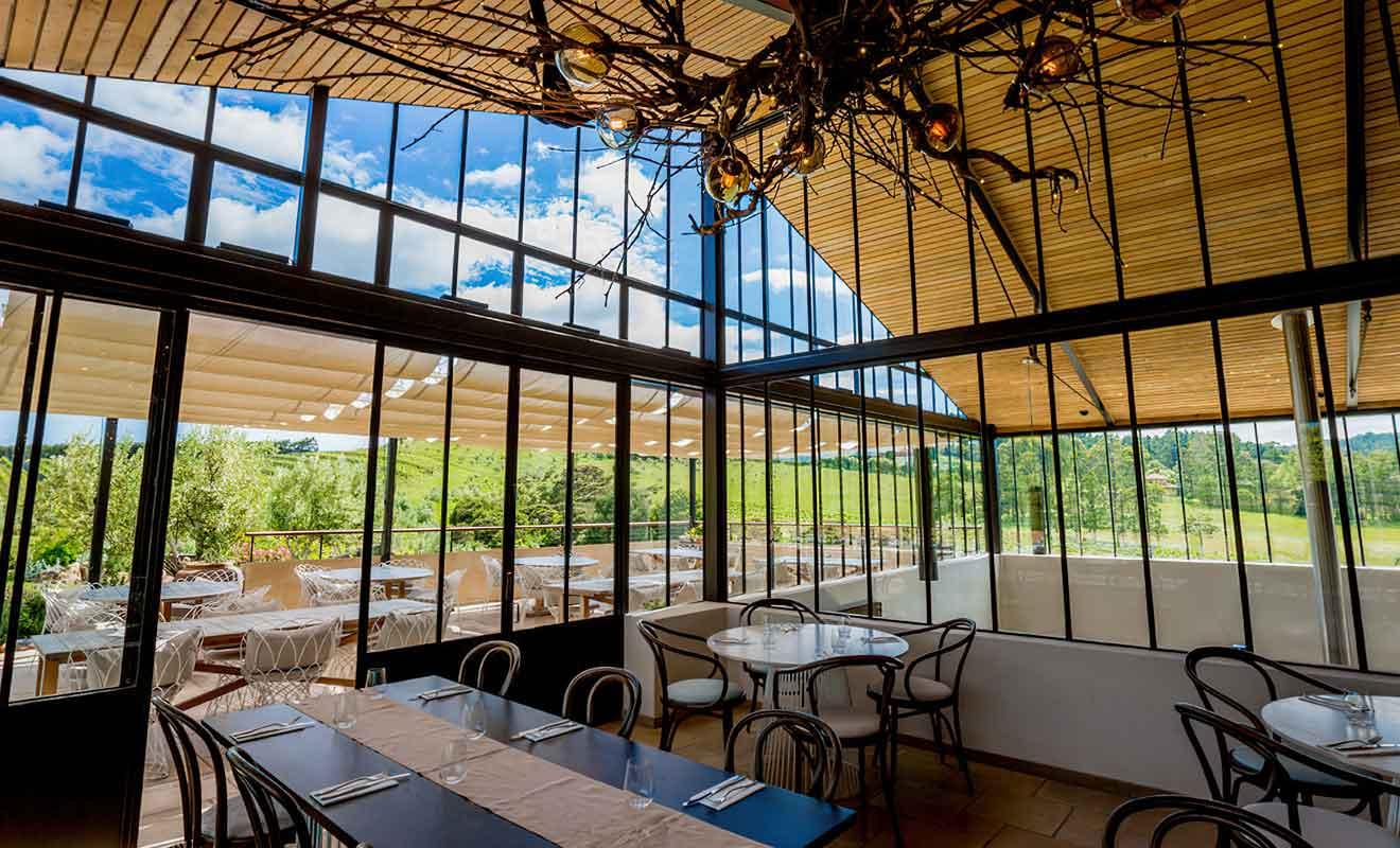 Si vous n'avez pas les moyens de vous offrir une table au restaurant de Tantalus Estate, vous pouvez vous tourner vers sa brasserie.