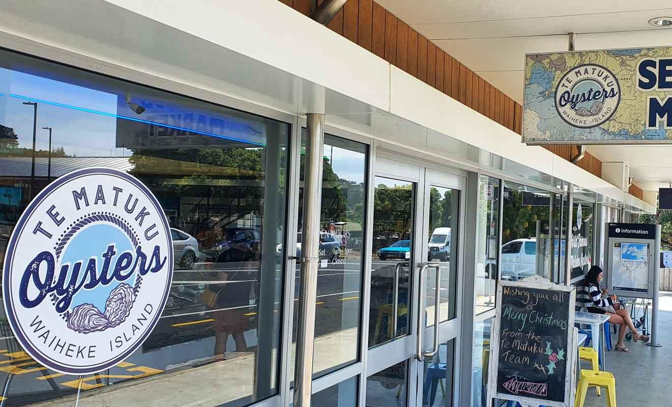 La réserve marine de Te Matuku produit les meilleures huîtres de Nouvelle-Zélande.