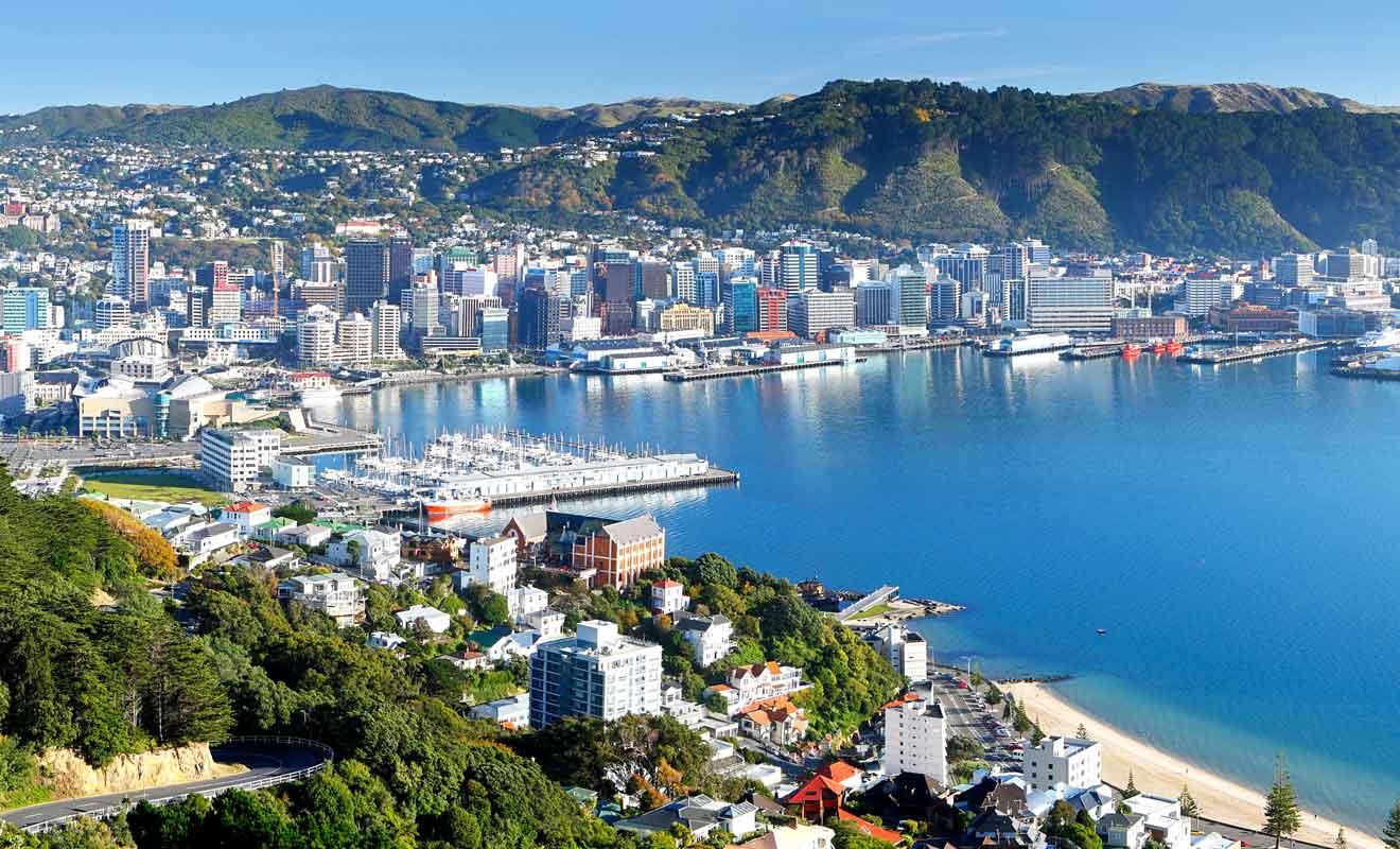 Contrairement à ce que l'on pourrait penser, ce n'est pas Auckland mais Wellington qui est la capitale du pays.