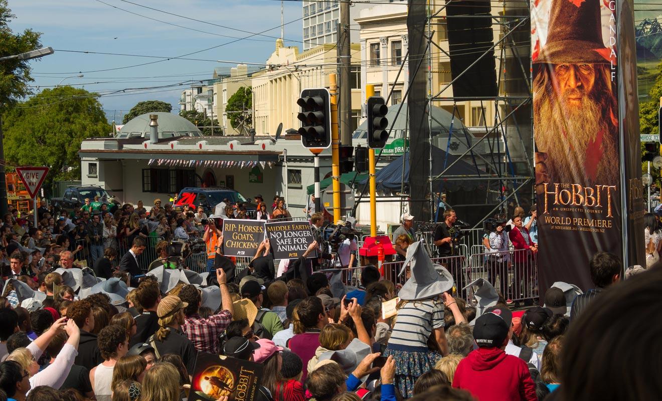 La tradition veut que les premières projections des films de Peter Jasckson aient lieu à Wellington dans le quartier branché de Courtenay. Le réalisateur, comme les studios Wetas qu'il a fondés, est d'ailleurs basé dans la capitale.