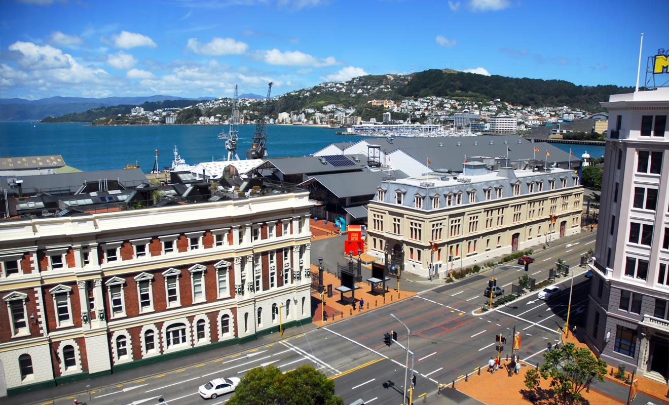 Wellington est surnommée « Windy Welly » à cause des grandes rafales de vent qui balayent la ville.