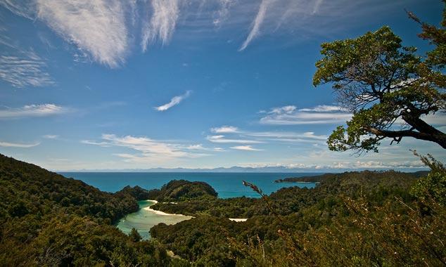 Los parques nacionales le permiten descubrir la naturaleza con seguridad.