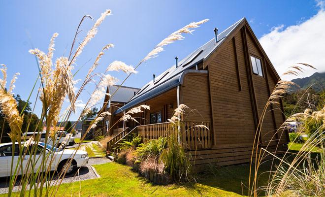Las camas y el desayuno le permiten conocer auténticos neozelandeses en un ambiente más cálido que en el hotel. Incluso si tu nivel de inglés es pobre, es una experiencia para vivir porque si vienes a Nueva Zelanda para paisajes, volverás debido a la hospitalidad de los kiwis.