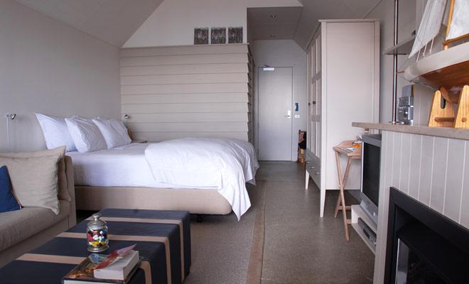 Kiwipal sugiere alojamiento en tres categorías (económico, cómodo, de gama alta). Hay soluciones de alojamiento para todo tipo de viajeros, desde el aventurero solitario hasta la pareja de luna de miel.