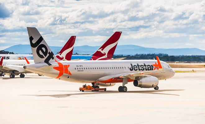 Jetstar es una compañía aérea de bajo coste de Qantas (la principal aerolínea australiana) que ofrece las tarifas más atractivas para vuelos domésticos en Nueva Zelanda.