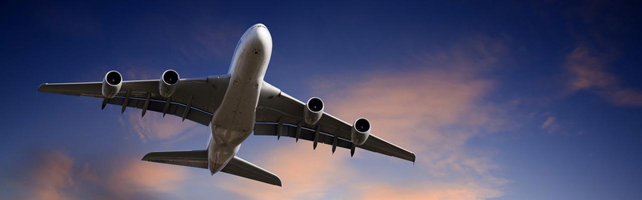 A380 die voor Nieuw Zeeland opstijgt.