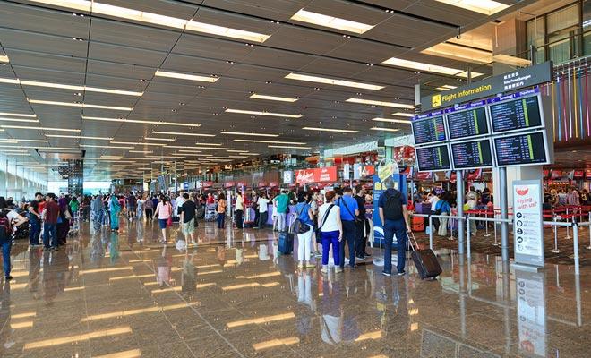 Se succede che si fa una sosta a Dubai, è principalmente da Singapore che transitano i voli per la Nuova Zelanda. Di solito cambierà il piano per completare il viaggio.