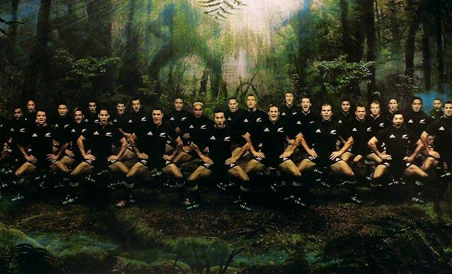 De Allblacks zijn de eerste ambassadeurs van Nieuw-Zeeland en geen gedragskloof wordt door de bevolking geduld.