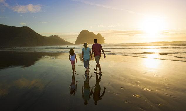 Descubra las playas más hermosas de Nueva Zelanda para descansar y divertirse.