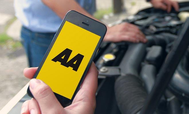 Para finalizar la venta de un vehículo, debe depositar el certificado de venta en un centro de la Asociación de Automóviles.