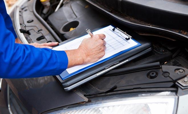 Una inspección técnica reciente es obligatoria en el contexto de una venta. Pero debido a las subidas de los certificados falsos, es a menudo sabio pedir un cheque nuevo.