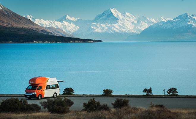 Il vantaggio principale del camper è quello di consentire cambiamenti di itinerari durante il soggiorno in Nuova Zelanda. Spesso è possibile sfuggire al maltempo spostandosi in un'altra regione.
