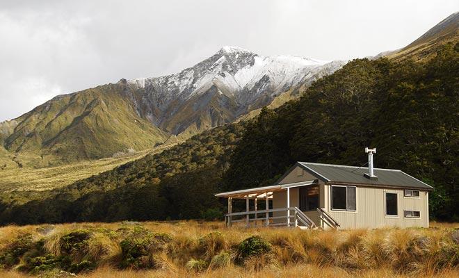 De DOC-campings worden vaak in uitzonderlijke instellingen gevestigd. Dit geldt bijvoorbeeld in het hele Abel Tasman National Park.