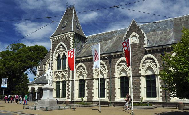 El Museo de Canterbury ha sido salvado milagrosamente por el terremoto de Christchurch de 2011. Es un museo bastante ecléctico pero interesante que merece una visita, especialmente si el tiempo es malo.