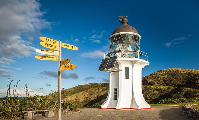 Inaugurado en 2011, el sendero de Te Araroa Trail parte desde el Cabo Reinga hasta el extremo norte y cruza toda la Nueva Zelanda durante 3000 km. Es una de las excursiones más largas del mundo.