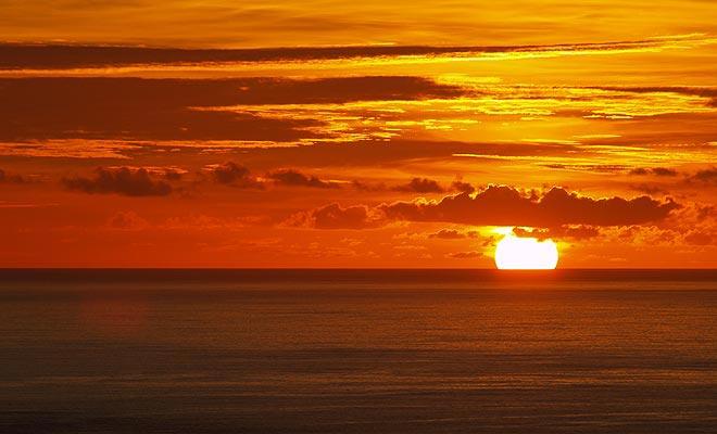 La puesta del sol del Cabo es legendaria, pero tienes que pasar la noche allí para disfrutar de este momento mágico.