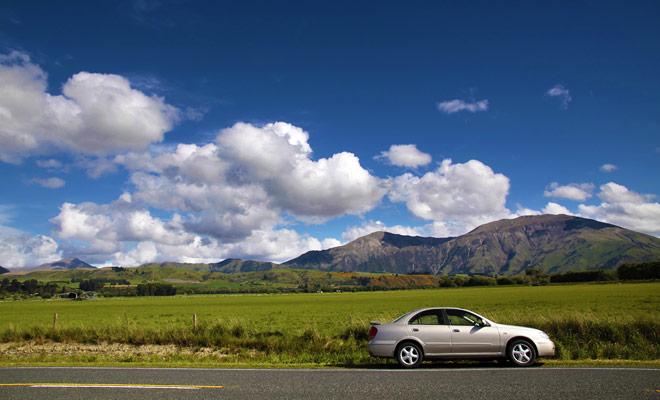 Con su excelente red de carreteras en todo el país, Nueva Zelanda es ideal para autotours con escalas en hoteles, albergues moteles o camas y desayunos.