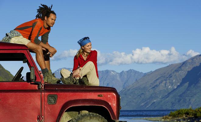 Los vehículos de tracción en las cuatro ruedas son excelentes para conducir en Nueva Zelanda porque las carreteras se trazan en un alivio muy marcado. El poder sobrante es entonces muy apreciable, especialmente en carreteras de montaña.