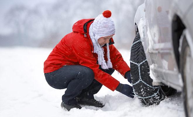 El uso de cadenas de nieve para conducir es bastante raro, a menos que usted decida llegar a las estaciones de esquí antes de la quitanieves. Y fuera del invierno, la pregunta obviamente no se plantea.
