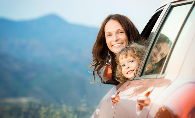 En Nueva Zelanda como en otros lugares, los niños que viajan en automóvil deben estar adecuadamente instalados, con asientos de refuerzo si es necesario.