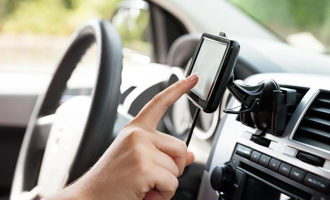 Als GPS niet nodig is wanneer een kaart beschikbaar is, wordt het aanbevolen, omdat het tijdschattingen voor elke route geeft.