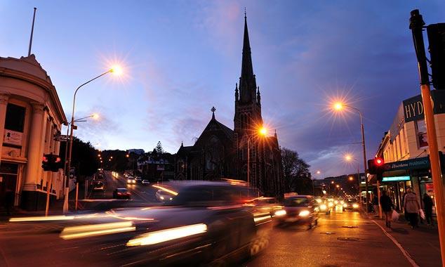 Dunedin es la ciudad universitaria de Nueva Zelanda, fundada por los escoceses.