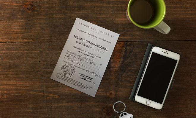 La patente internazionale è obbligatoria e deve essere presentata ad ogni ispezione accompagnata dal permesso nazionale se la patente di guida non è scritta in inglese.
