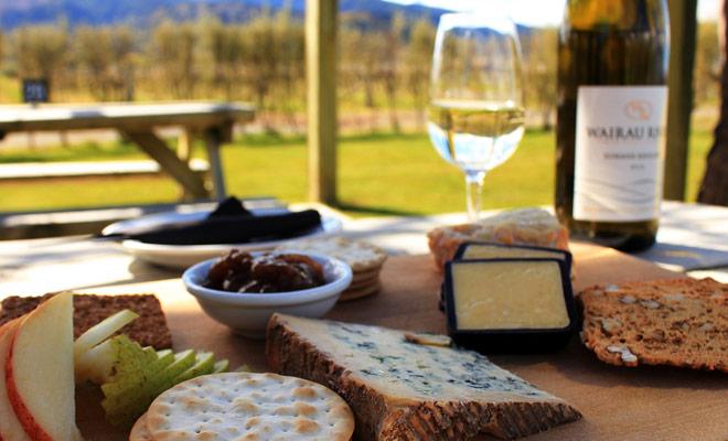 Si te gusta el buen vino, te transportarán al paraíso en Nueva Zelanda donde los grandes vinos no tienen nada que envidiar a los vinos franceses.
