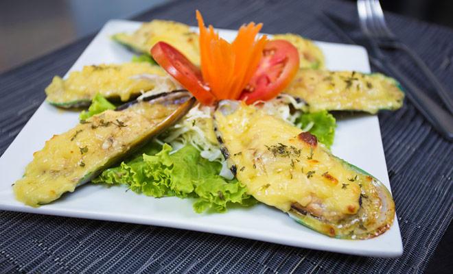 Los mejillones, que son enormes mejillones, son parte de los mariscos que se pueden disfrutar en Nueva Zelanda.