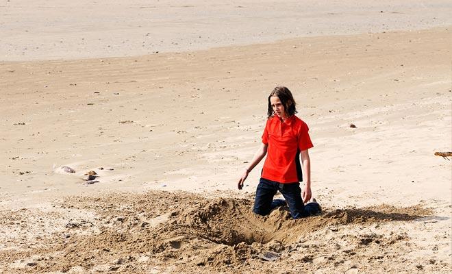 Veel toeristen zijn uitgeput om op de verkeerde plaats te graven. Maar het is niet genoeg om het bestaan van de bron te kennen om het te vinden!