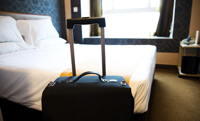 Incluso si tienes la oportunidad de viajar en primera clase, el vuelo a Nueva Zelanda es bastante agotador y necesitarás una buena noche de sueño para recuperar la energía.