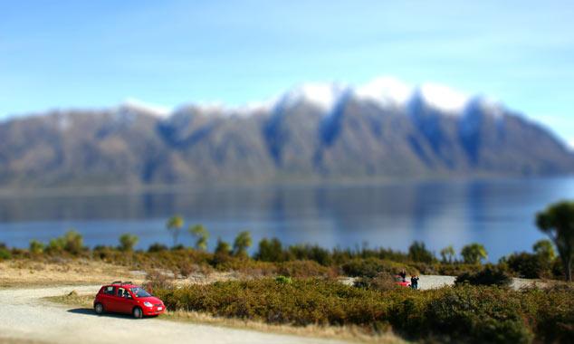 Il codice dell'autostrada e la guida a sinistra in Nuova Zelanda.