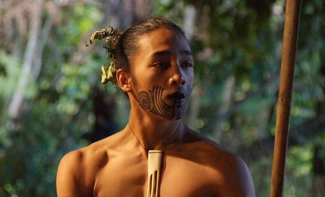 Als u een Maori-show aan het denken bent, kunt u teleurgesteld worden. Neem deze shows voor wat ze zijn: folk shows.