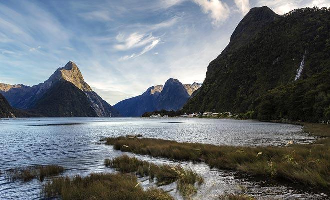Het is gemakkelijk om te begrijpen waarom de Lord of the Rings en de Hobbit trilogyies in Nieuw-Zeeland werden gefilmd.