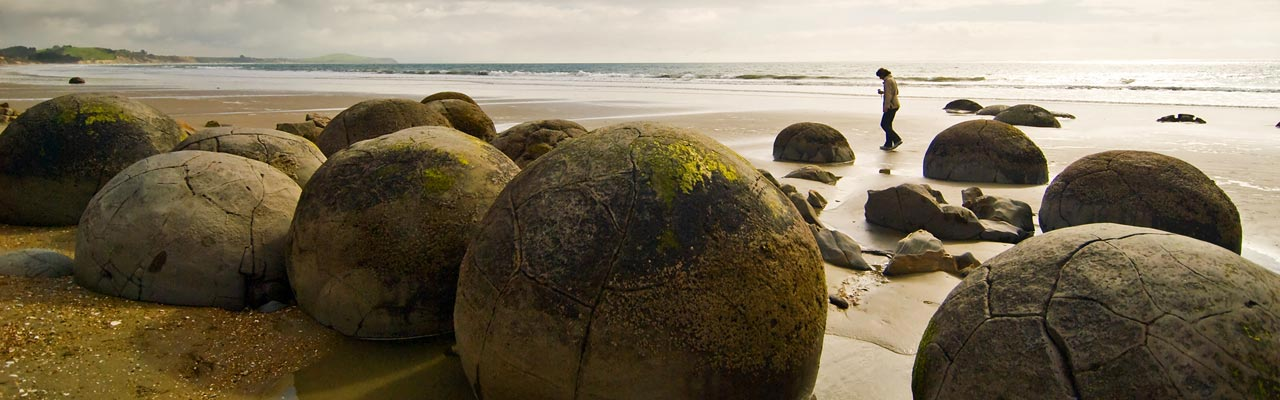 The Moerakis Boulders are round rocks on the beach.