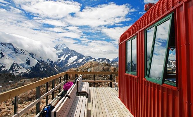 Algunas caminatas en el parque son para los montañeses. Se pueden reservar refugios de calidad a través del Departamento de Conservación (DOC).