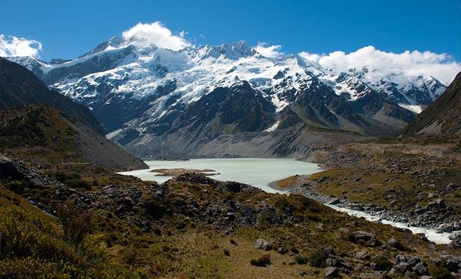 Si es menos famoso que el Fox o el Franz Joseph, el glaciar Tasman es sin embargo el más grande de todo el país.