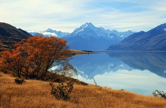 Mt Aoraki / Cook is de hoogste piek in Nieuw-Zeeland. Het is gelegen op het Zuidereiland en culminates op 3754 meter.
