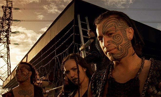De film die het dagelijkse leven van een Maori-familie afschildert draagt een heel ander beeld dan een blokkeraar zoals de Heer der Ringen.