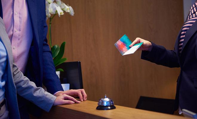 U hoeft niet vooraf te betalen bij het boeken van uw accommodatie op booking.com. In de meeste gevallen stelt u de rekening ter plaatse in de receptie van het hotel, waardoor u vooraf van te voren betaalt.