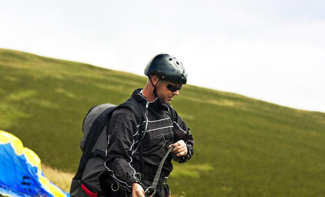 Las principales ciudades que ofrecen parapente están en el orden Queenstown, Wanaka y Nelson. Los puntos de salto se instalan en la cima de las montañas o en los acantilados que sobresalen del océano.
