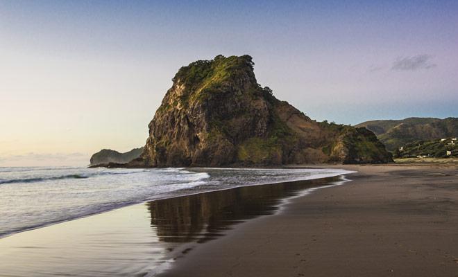 La lección de piano que ganó la Palma de Oro del Festival de Cine de Cannes fue rodada en varias playas de Nueva Zelanda. Piha, el más conocido de ellos, es fácilmente reconocible en la película.