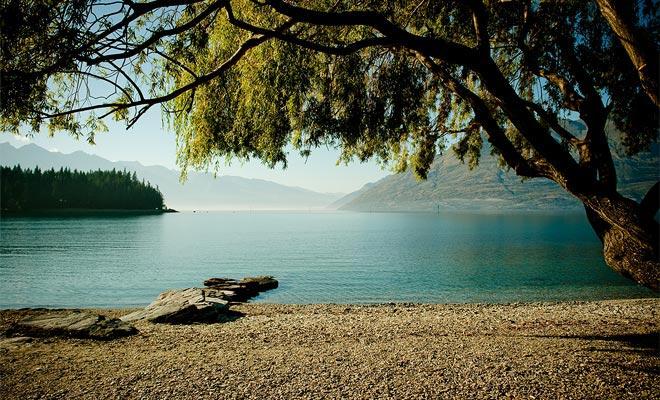 Lake Wakatipu in Queenstown deelt een gelijkenis met de Loch Ness.