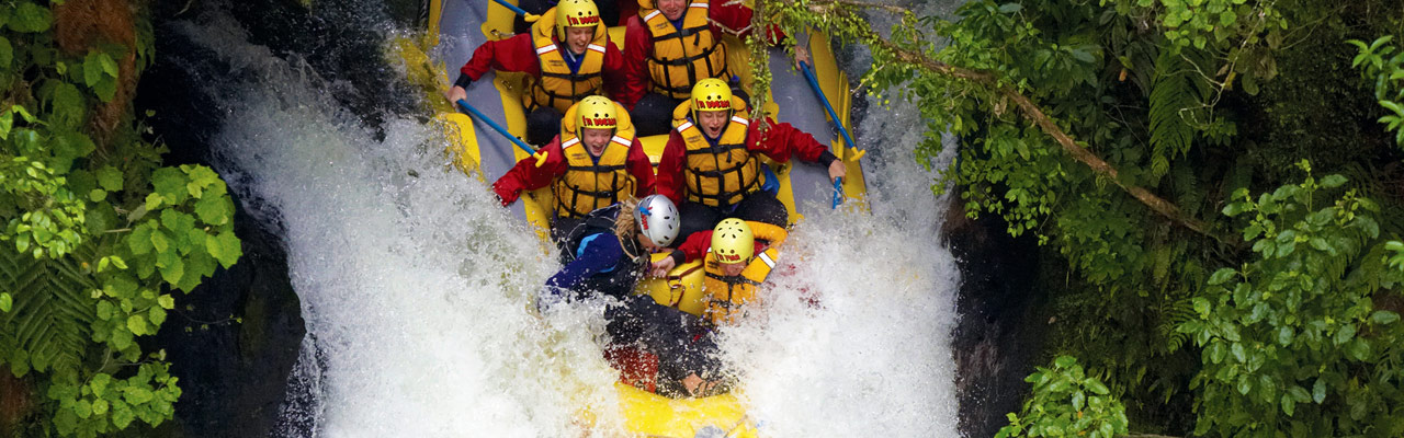 A rafting trip in a cascade of Taupo.