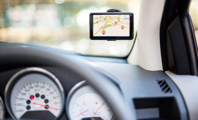 El GPS es ofrecido a menudo como una opción por las compañías de alquiler de coches porque usted no puede apenas utilizar su smartphone todo el tiempo o usted consumiría todos sus datos.