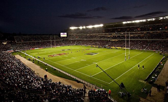 El campeonato profesional consta de catorce equipos repartidos en dos niveles. Los mejores días del campeonato serán retenidos para el rugby súper.