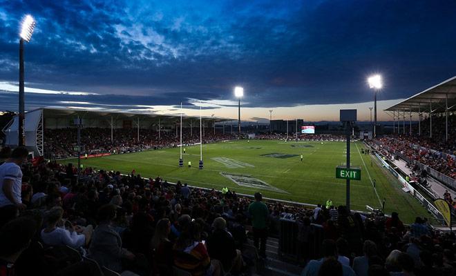 Si el rugby es un deporte ofensivo en Nueva Zelanda, esta es la consecuencia de una regla que da una clara ventaja a los equipos que producen un espectacular rugby.